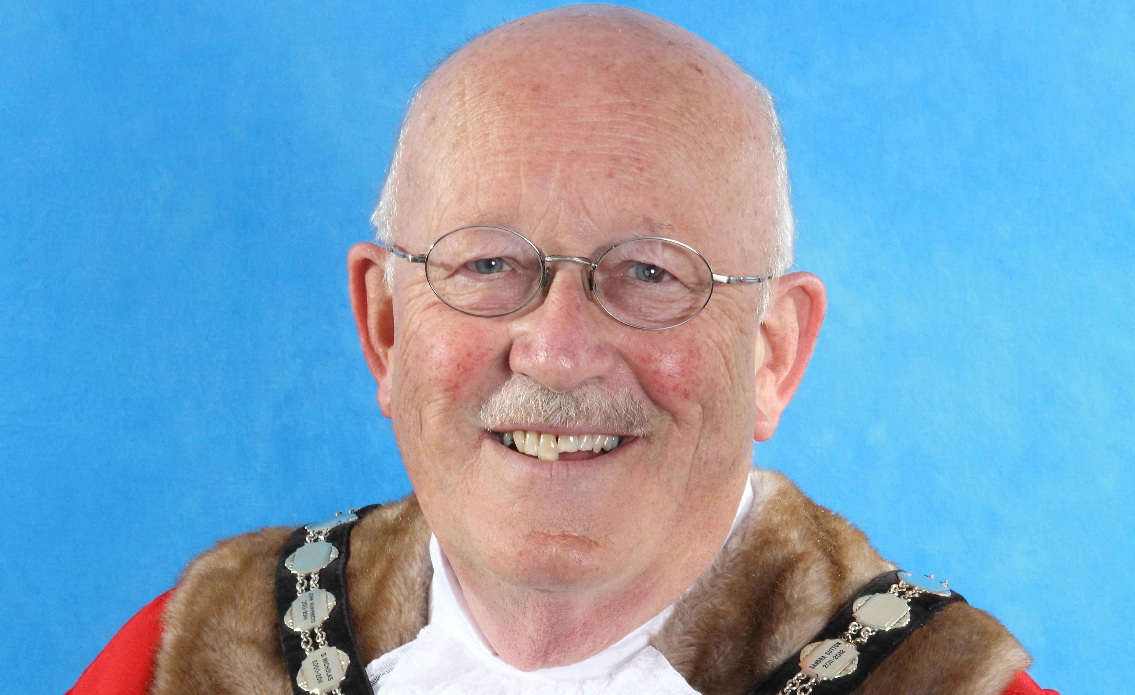 Tributes paid to former Mayor of Exmouth Councillor Bill Nash
